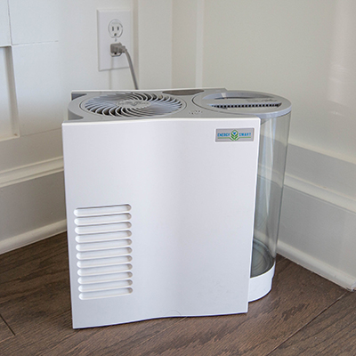 VORNADO<sup>®</sup> Whole Room Humidifier - Circulate humidity through the room without mist or mess with this whole room humidifier with natural evaporation.  Humidifies up to 750 sq ft and features 3 fan speeds, touch-sensitive controls, SimpleTank™ system, 1-gallon capacity and 1 wick with antimicrobial treatment.